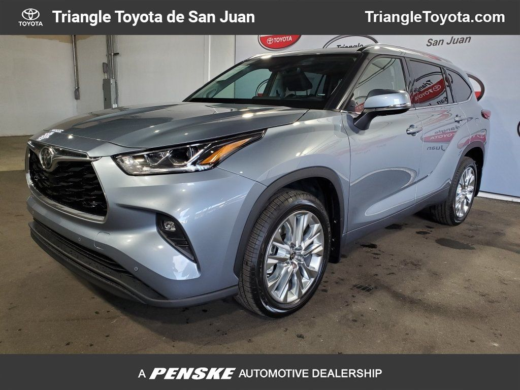 New 2020 Toyota Highlander Limited FWD